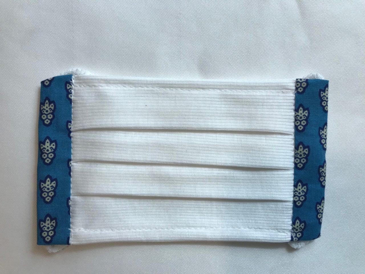 夏におすすめ 裏地なし一重布マスク Recommandé en été, En tissu simple sans doublureの画像