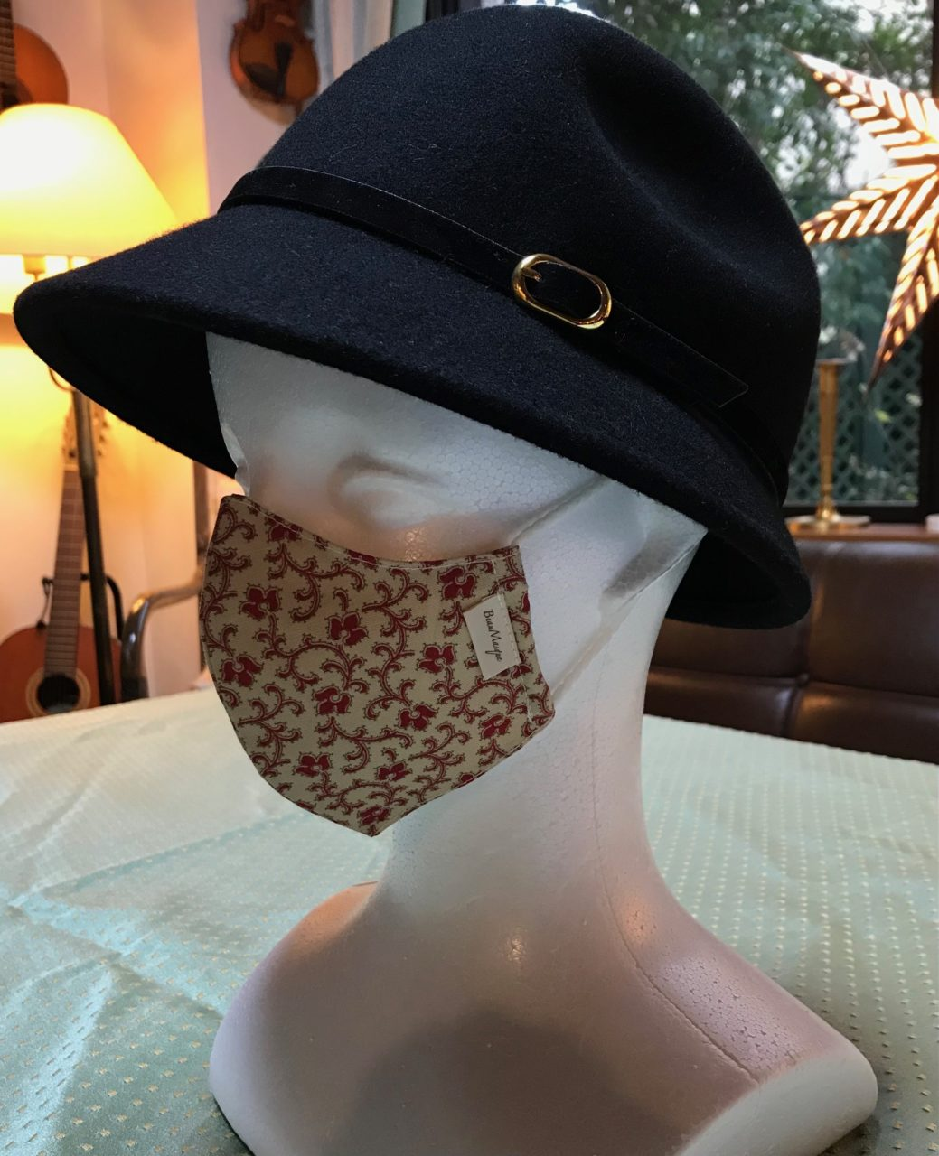 オリジナルデザイン 軽量布マスク  Masque léger en tissu, Forme originaleの画像